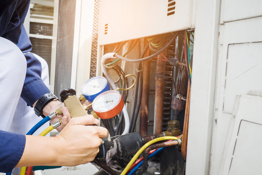 Air Conditioner Contractors making Air Conditioning Repairs in Raleigh, NC
